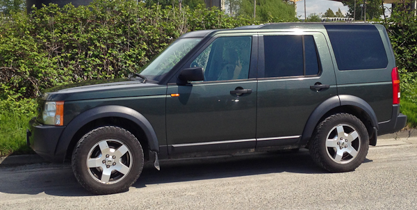 2006 Land Rover LR3 - Air Suspension Compressor Replacement