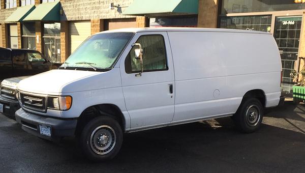 2005 Ford E250 Van