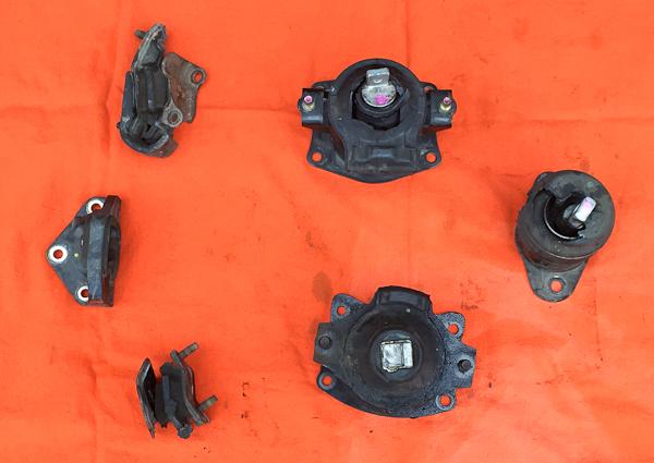 Broken Motor Mount Repair Acura TL Pawlik Automotive Repair - 2006 acura tl engine mounts