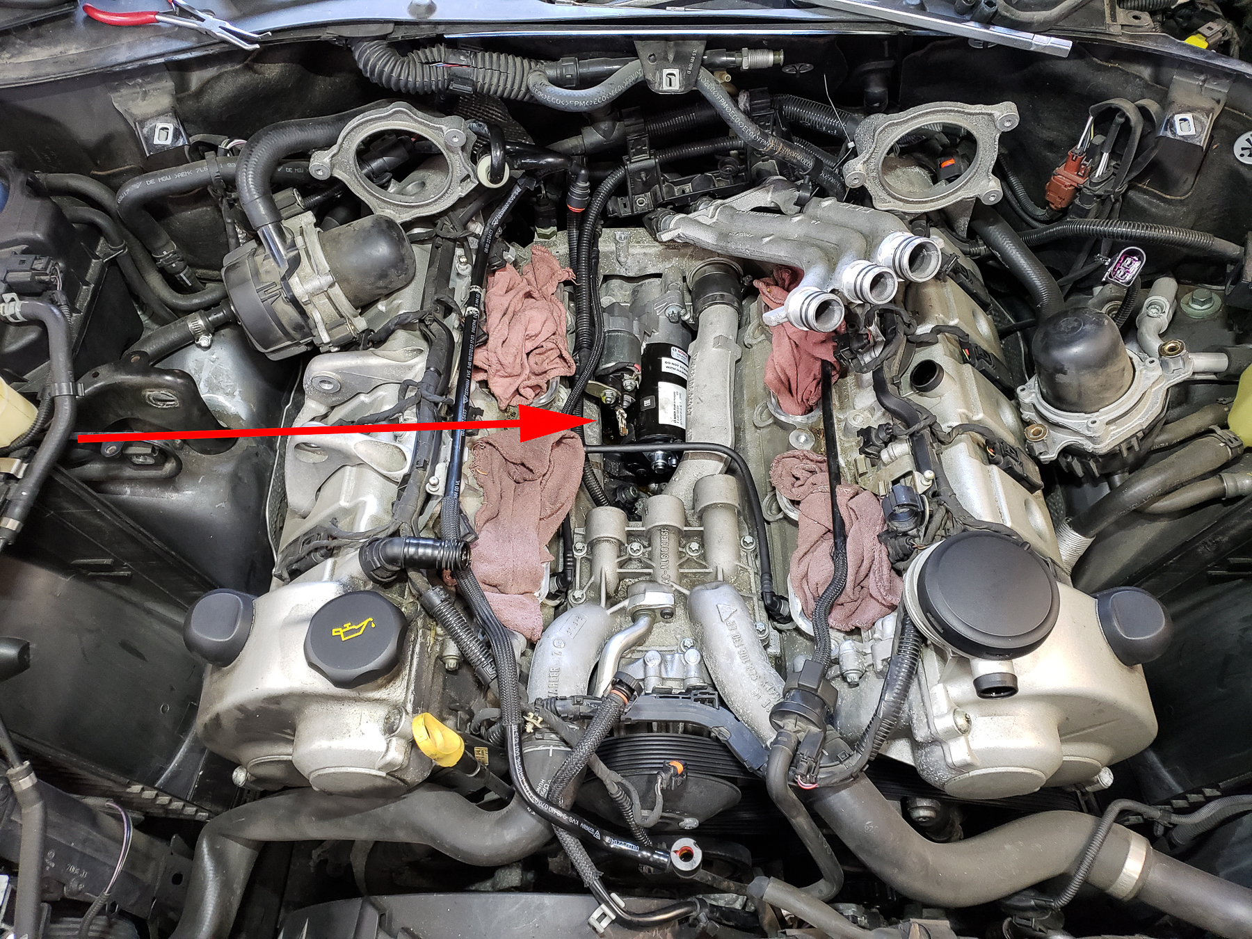 There S Our Cayenne 2004 Older Model Of Which Is The V8 Just Let Me Work My Way Through These Pictures Here So